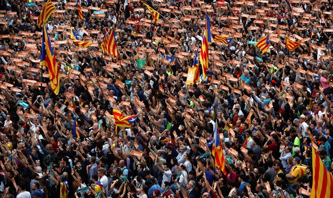 Celebrations in Catalonia after independence declaration
