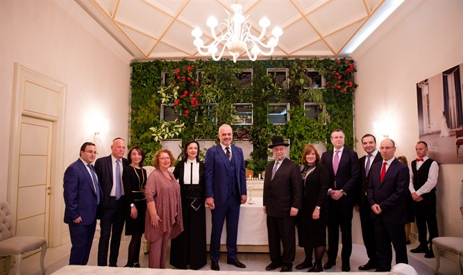 Delegation of rabbis meets Albania's PM Edi Rama