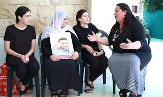 Bereaved Jewish mother comforts mother of slain Druze officer