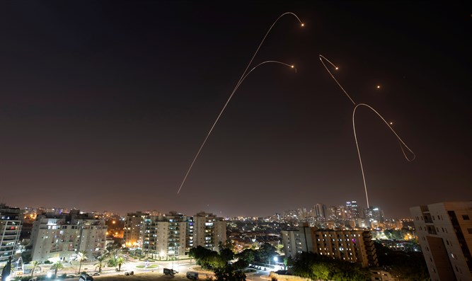 Rocket fire on southern Israel
