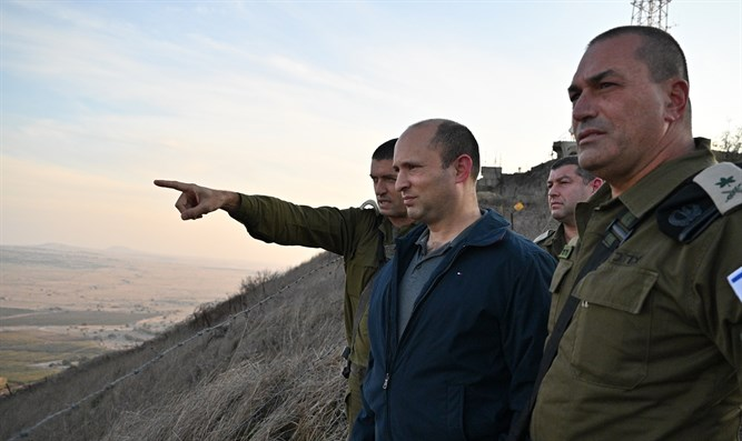 Bennett surveys Israel's border with Syria