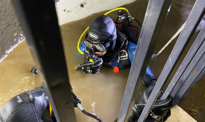 diving into flooded elevator