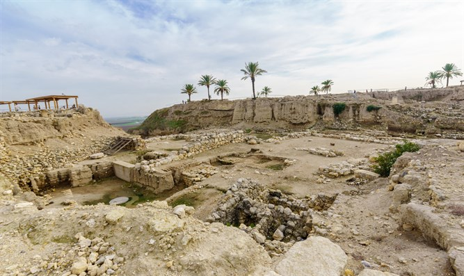Ancient ruins in Israel (archive)